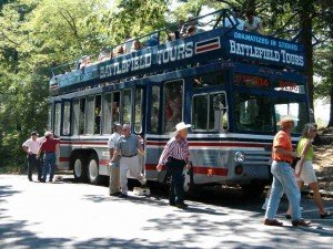 audio bus tour guests unloading the gettysburg battlefield tours double-decker bus