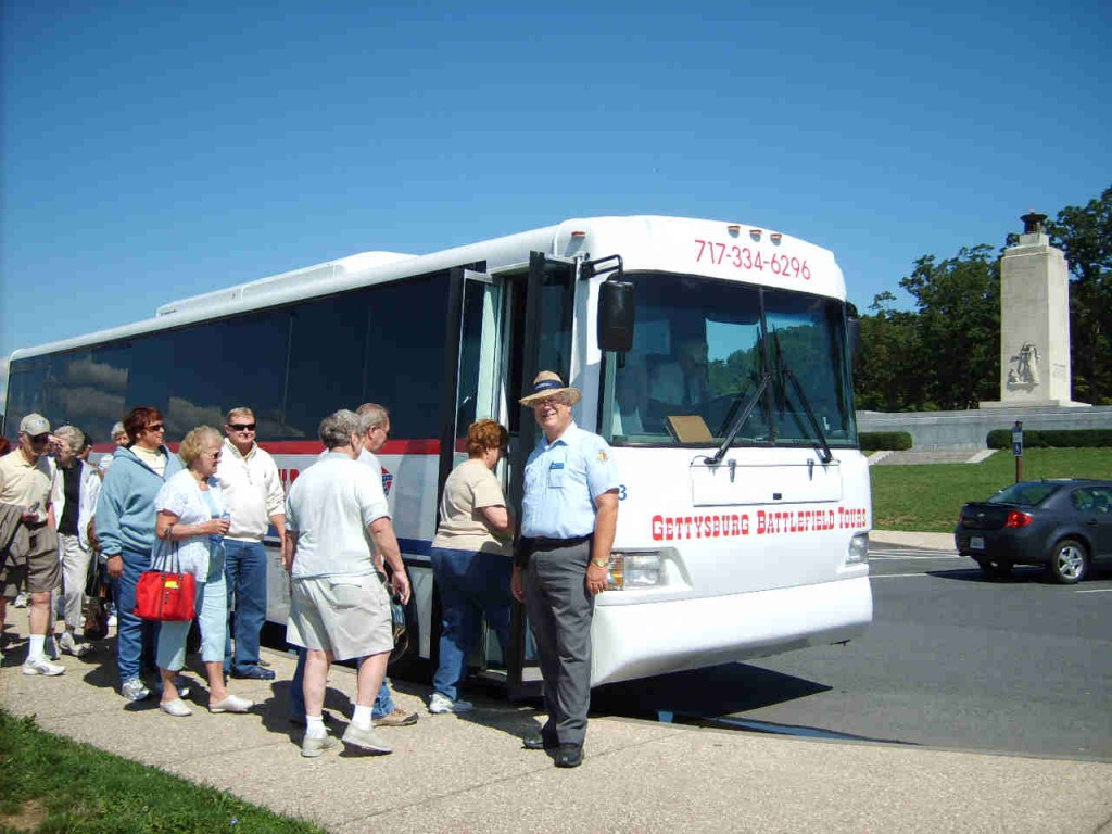 loading up gettysburg battlefield tour bus for another round of guided battlefield tours