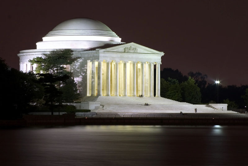 Jefferson Monument at Night