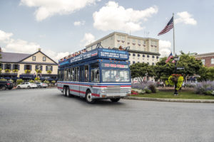 double decker bus in gettysburg town square