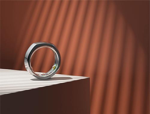Oura ring sleep health tracker